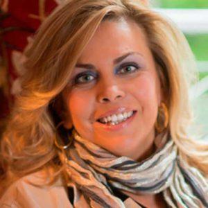 Mónica Deza