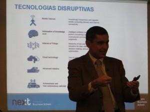 """Alberto Calero: """"La guerra del futuro va de los ataques constantes en Internet"""""""