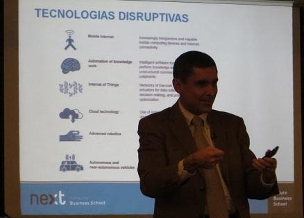 Alberto Calero La guerra del futuro va de los ataques constantes en Internet