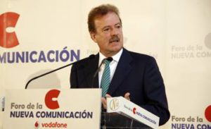 Manuel Campo Vidal Conseguiremos recuperarnos de la crisis del sector; hay que reorientarse