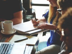 7 consejos para elegir la mejor escuela de negocios