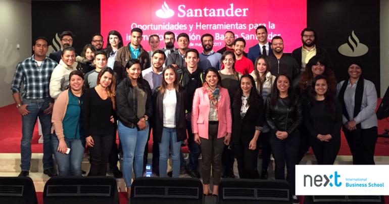Visita al Banco Santander de alumnos de Next