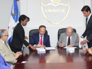 Next IBS firma un convenio de colaboración con UNAPEC