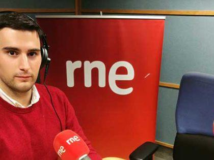 Antonio Parejo, alumni de Comunicación Corporativa de Next IBS, dirige un programa en Radio 5 (RNE)