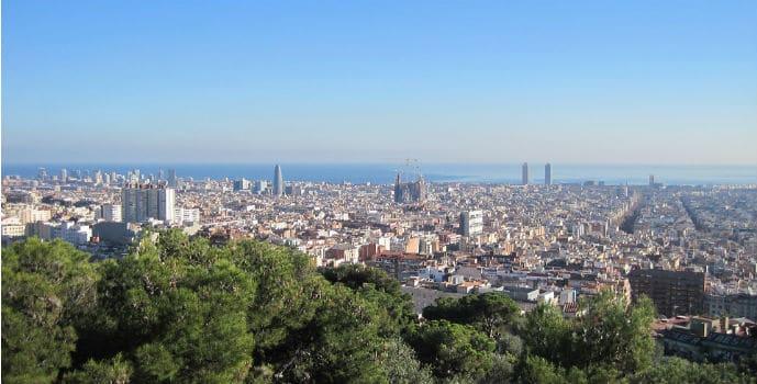 La climatología favorable o la gran oferta de alojamientos son claves del éxito del Turismo en España.
