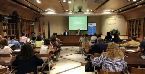 Manuel Campo Vidal en la Asociación de la Prensa, donde ha hablado de fakenews