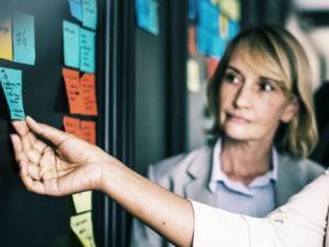 ¿Cuáles son las funciones de un gabinete de comunicación?