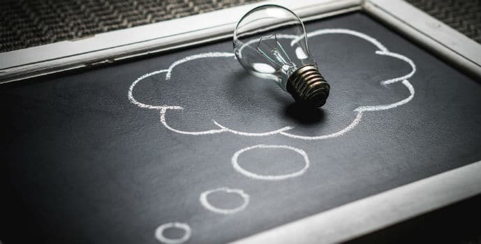 España mejora en innovación según la Comisión Europea.