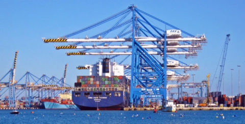 Las empresas españolas prevén aumentar sus exportaciones este 2020